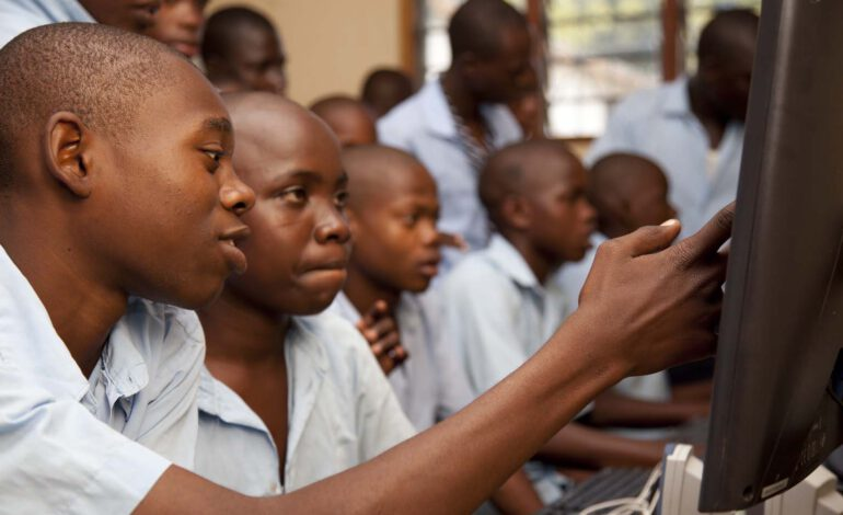 Cameroun : les Tic et l'éducation font un