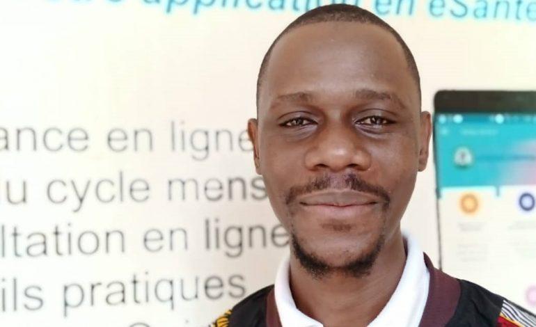 Sommet Afrique-France: l'outil numérique togolais eCentre convivial fait sensation