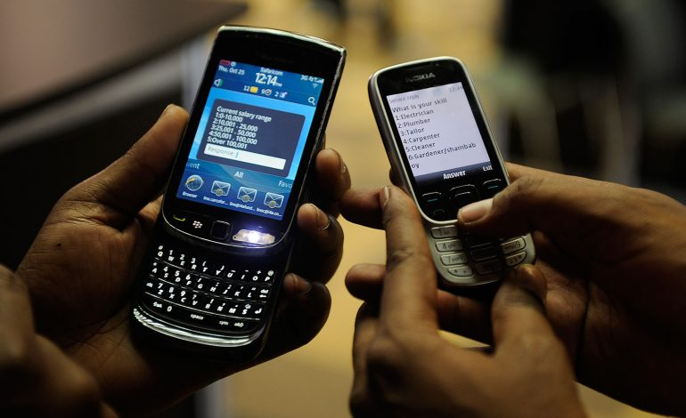 Nigeria : les téléphones portables, désormais interdits aux moins de 18 ans